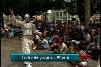 Teatro gratuito é apresnetado na Praça Costa Pereira, em Vitória - Veja a programação completa do fetsival.