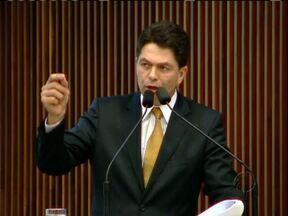 Deputados trocam acusações na Assembleia - Deputado Cleiton Kielse acusou o deputado Ney Leprevost de receber dinheiro para que as concessionárias de pedágio não sejam investigadas.