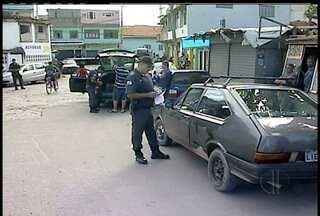 Polícia faz operação em comunidade de Macaé após ameaças de traficante - As entradas da comunidade estão monitoradas e há buscas por traficantes.´Mata Rindo´ ameaçou comandar onda de ataques a policiais.