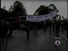 Prefeitos do Norte do RS discutem em Brasília a criação da reserva indígena do Mato Preto - Cerca de 400 famílias de agricultores seriam desabrigadas para ceder território a 60 índios guaranis no Alto Uruguai, RS.