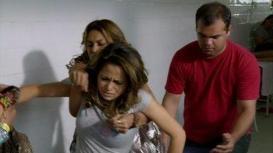 Lucimar leva Morena a outro posto de saúde - Nilceia deixa Junior com Diva. Miro e Galdino conversam sobre Nilcea. Diva dá um brigadeiro para Junior. Morena está assustada e pede para Sheila cuidar de seu filho, caso algo aconteça com ela