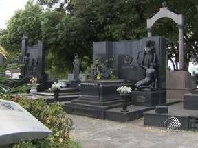 Cemitérios estão sendo preparados para as visitas desta sexta-feira - O Dia de Finados é celebrado neste sexta.