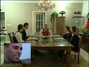 Bruno, 'Don Corleone' de Belo Horizonte, traz a tarantela para jantar italiano - Banquete à moda italiana tem pratos fartos, mas não agrada tanto os participantes
