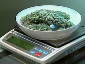 Colorado e Washington se tornam primeiros estados americanos a legalizar uso da maconha - A medida foi votada na terça-feira (6), na mesma cédula em que o eleitor escolheu o presidente do país. A partir de dezembro, pessoas com mais de 21 anos poderão ter até 28g da droga para consumo próprio.