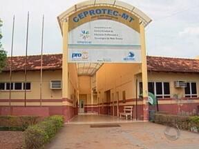 Alunos reclamam do descaso na Secretaria de Ciência e Tecnologia em Rondonópolis - No local são oferecidos cursos de qualificação. Problemas como a falta de materiais para a limpeza na unidade de ensino ainda persistem.