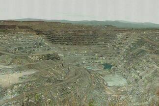 Risco da proibição do uso de amianto preocupa comerciantes e empresários em Minaçu, GO - O clima é de apreensão em Minaçu, no norte de Goiás. A economia da cidade gira em torno da exploração do minério, mas agora o Supremo Tribunal Federal pode proibir o uso do amianto.