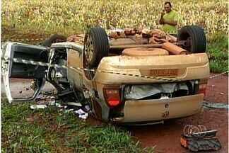 Homem morre em acidente na GO-174 em Rio Verde, Goiás - Com a chegada do período chuvoso, aumenta o perigo nas rodovias e com ele os acidentes. Nas rodovias federais, têm acontecido muitos acidentes graves envolvendo principalmente caminhões e carretas.