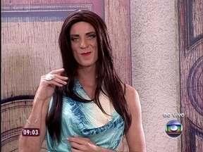 Ana Maria arruma pretendente para Louro José, que diz: 'Esse aí é genérico' - Os dois se divertem na casa de cristal