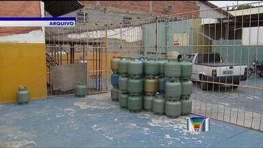 Greve no setor de gás continua em cidades da região - Greve dos funcionários das distribuidoras de gás na região completa 15 dias.