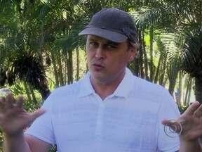 Guilherme Fontes relembra quando contracenou com Tarcísio Meira, na minissérie Desejo - Ator participou do quadro A Primeira Vez a Gente Nunca Esquece