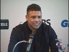 Ronaldo lança Jogo contra a Pobreza em Porto Alegre - Partida será disputada no dia 19 de dezembro, na Arena do Grêmio.