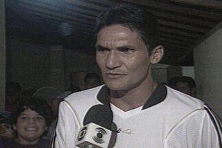 Durval do Santos é convocado pela primeira vez para a Seleção Brasileira - Técnico Mano Menezes convocou o paraibano para jogar pela seleção contra a Argentina pelo Super Clássico das Américas.