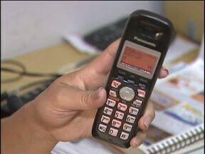 Empresas aplicam golpes em comerciantes de Cascavel - Os golpistas oferecem o serviço de anúncio em listas telefônicas, falam que é de graça, mas na verdade cobram por isso.