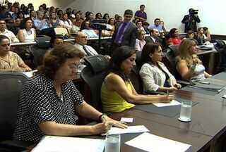 Comissão do Senado que investiga a violência doméstica está em MS - A Comissão do Senado que investiga a violência doméstica discutiu nessa terça-feira (13) casos de violência contra mulheres em cidades do interior de Mato Groso do sul