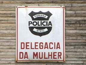 Vinte homens são presos no PR suspeitos de violência contra mulheres - Todos tinham mandado de prisão baseado na Lei Maria da Penha, que entrou em vigor em 2006. Entre os presos estão pais, maridos e namorados das vítimas. Desde setembro, 82 pessoas foram presas em ações contra a violência doméstica em Curitiba.