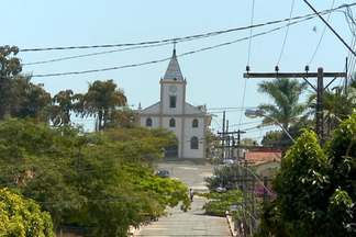 Cidade em plena transformação se contrasta com município que encolhe - Parte 2 - O contraste de duas cidades. Em Altamira, no Pará, a população da cidade sobe acima da média nacional. Já em Serra da Saudade, em Minas Gerais, o número de habitantes diminui e o município já é considerado o menor do Brasil.
