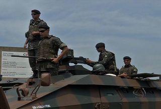 Exército faz simulações durante a semana em Três Lagoas - Em Três Lagoas, na divisa com São Paulo, o Exército faz uma operação durante quase toda a semana.