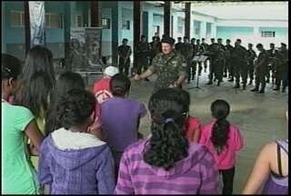 Mais de cem pessoas participaram de atividade desenvolvida pelo exército em Jaguari - Atividade faz parte da Operação Atlântico Sul III. Os militares disponibilizaram atendimento odontológico e médico de graça