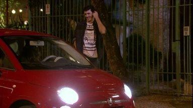 Malhação - Capítulo de quarta-feira, dia 28/11/2012, na íntegra - Nélio sai com Bárbara para jantar