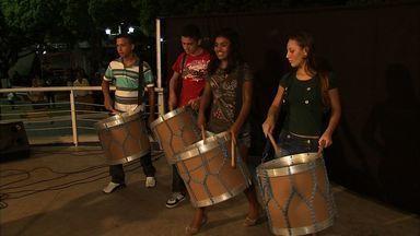 População de Baturité faz sarau mensal para resgatar a cultura local - Confira na reportagem de Caroline Ribeiro.