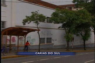 Definição do novo camelódromo de Caxias do Sul fica para janeiro - Camelôs e Prefeitura não chegam a um acordo. Duas opções de prédios estão sendo discutidas.
