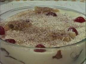 Veja como preparar uma deliciosa sobremesa para a ceia de natal - Um pavê feito com panetone e com um toque de limão.