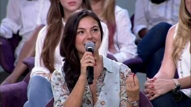 Isis Valverde saiu de uma cidade de 7 mil habitantes para ganhar a telinhas - Apaixonada por teatro, ela decidiu se mudar para o Rio para seguir a carreira de atriz