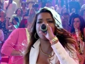 MC Beyoncé levanta plateia com hit 'Fala mal de mim' - A cantora explica a origem de seu nome artístico inspirado na musa internacional