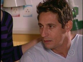 Da Cor do Pecado - Capítulo de segunda-feira, dia 07/01/2012, na íntegra - Bárbara diz para Kaike que Otávio não é seu filho. A megera surpreende Afonso quando concorda fazer o exame de DNA