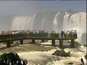 Parque Nacional do Iguaçu completa 74 anos - Um dos mais visitados parques nacionais faz aniversário com o desafio de bater o recorde de visitantes de 2012.
