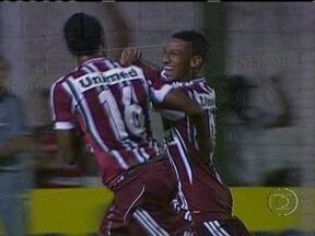 Finalistas em 2012, Corinthians e Fluminense vencem pela segunda rodada da Copinha - Americano-MA e Itaúna-MG foram as vítimas de Timão e Flu. Internacional e Bahia também venceram seus duelos.