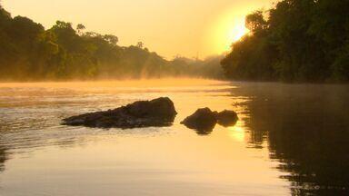 Terra da Gente - Reprise Mato Grosso - Bloco 1 - O Terra da Gente leva você a duas regiões do Mato Grosso praticamente intocadas pelo homem. A primeira fica no Norte do Estado, no Parque Estadual do Cristalino. . Depois tem uma pesca pra lá de esportiva no rio Teles Pires.