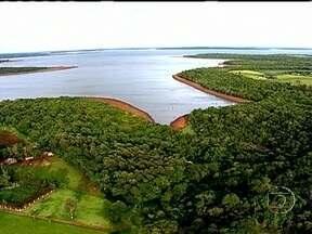 Usina de Itaipu se torna referência na gestão de projetos sustentáveis - Quase 30 anos depois da inauguração da hidrelétrica, Itaipu é hoje referência na gestão de projetos sustentáveis em parte da bacia do rio Paraná, onde vivem aproximadamente 1 milhão de pessoas.