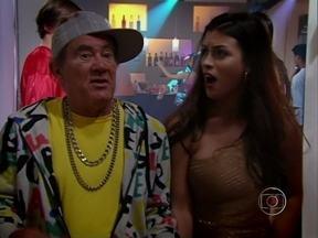 Didi leva namorada pra baile funk e só arruma confusão - Didi enrola os homens mais fortes da festa e leva fama de maluco