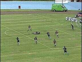 Toledo perde na estreia do Paranaense 2013 - Time perdeu por 4 x 2 para o Londrina.
