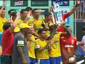 Brasil vence Copa América de Futebol de Areia pela nona vez - A seleção pegou o México na final. Esse foi o primeiro título de Júnior Negão como técnico.