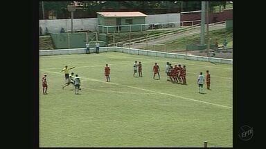 Boa Esporte empata em 4 a 4 com o Uberlândia em jogo-treino - Boa Esporte empata em 4 a 4 com o Uberlândia em jogo-treino