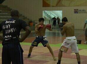 Torneio de Muay thai reúne 12 combates no Amazonas - Competição foi realizada neste domingo, no Ginásio René Monteiro, na Zona Centro-Sul de Manaus.