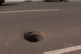 Bueiros causam problemas no trânsito de São Luís - Veja na reportagem do JMTV2.