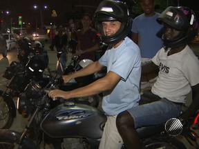 Motociclistas profissionais tem até fevereiro para fazer curso de capacitação - Caso não tenham feito o curso até o final do prazo, os profissionais que trabalham com moto não poderão circular.