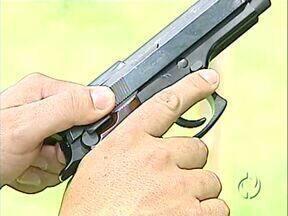 Agricultores se armam para enfrentar bandidos - Situação de insegurança preocupa os moradores da área rural de Apucarana