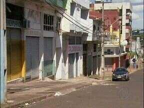 Prefeitura e Associação Comercial estudam alternativas para revitalizar o Jardim Jupira - Autorização para instalação de Free-shops na fronteira pode ser uma saída para atrair o movimento para as ruas do jardim Jupira.