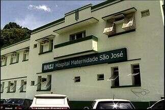 Pais acusam hospital por morte de filho após nascimento, no ES - Direção do hospital informou que está investigando a morte.