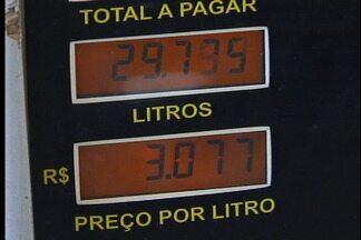 Preço de combustíveis é reajustado em postos de Caxias do Sul - Aumento autorizado para refinarias é sentido nas bombas de algumas abastecedoras da cidade.