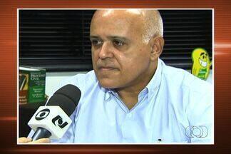 Ex-dirigente do Atlético-GO deve ser interrogado nesta segunda-feira, em Goiânia - Deve ser interrogado nesta segunda-feira (4) o empresário Maurício Sampaio. Segundo a polícia, ele é o suspeito de mandar matar o cronista esportivo Valério Luiz no dia 5 de julho de 2012.