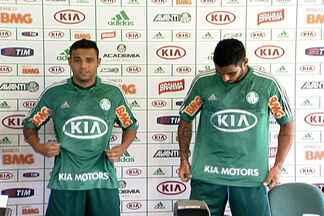 Vilson e Weldinho são apresentados no Palmeiras - Entretanto, torcida ainda cobra os outros reforços envolvidos em negociação com Barcos.