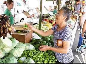 Inflação reflete no bolso do consumidor em Uberlândia, MG - Janeiro registrou a maior inflação dos últimos dez anos, segundo levantamento do Cepes-UFU.