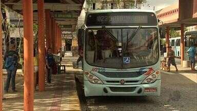 Redução da tarifa de ônibus volta a ser R$ 2,00 - Muitos passageiros não sabiam do reajuste.