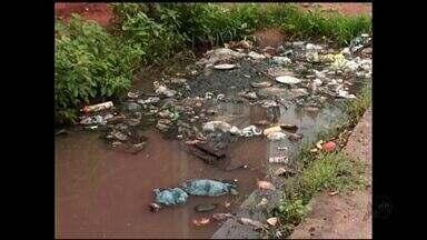 Chuva causa prejuízos na Região do Cariri - Em Juazeiro do Norte as ruas ficaram alagadas.