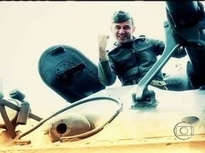 João Barone aceita desafio e anda em um tanque de guerra - Os campos de batalha fictícios foram montados em Belo Horizonte. Máquinas usadas na Segunda Guerra Mundial fizeram parte do desafio. O baterista, que é apaixonado por veículos de guerra, cumpriu todas as etapas e venceu a brincadeira.
